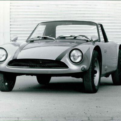 80-Jahre-Ekkehard-Zimmermann-dp-Motorsport-1962-Dingo-erster-Prototyp-mit-Polyester-Karosserie