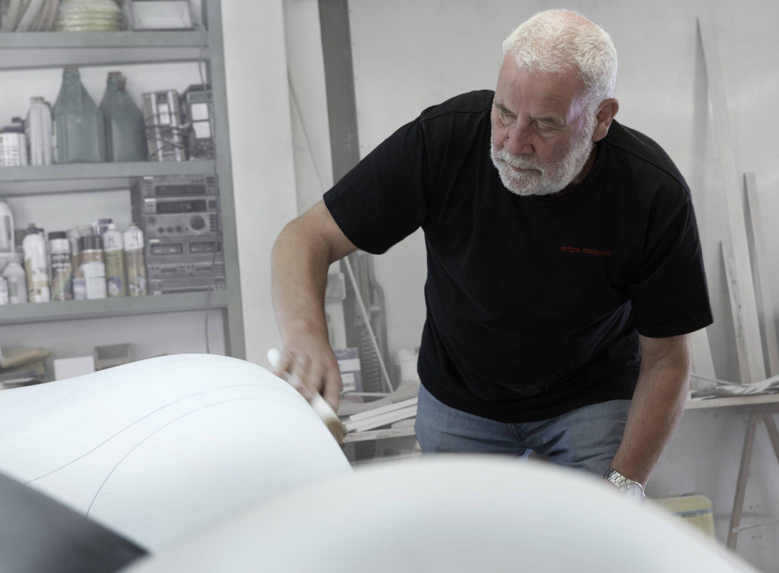 80-Jahre-Ekkehard-Zimmermann-dp-Motorsport-2020-Design-Autoritaet-im-Fahrzeugbau