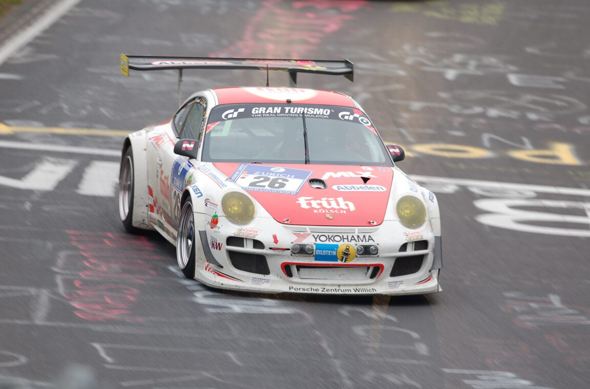 Porsche-Rennfahrerin Sabine Schmitz aus Nürburg in der Hocheifel: Trauer um die Königin der Nordschleife