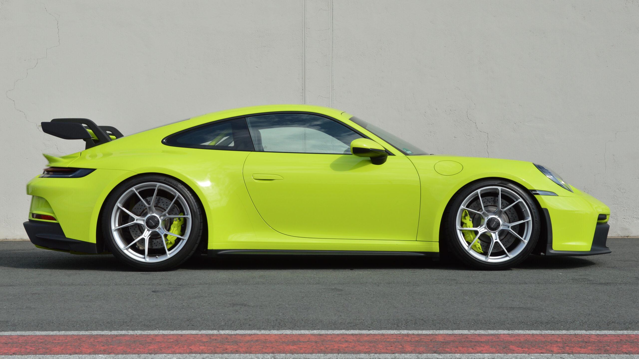 2021er-Porsche-911-GT3-Typ-992.1-AP-Car-Design-PTS-Acidgreen-0037