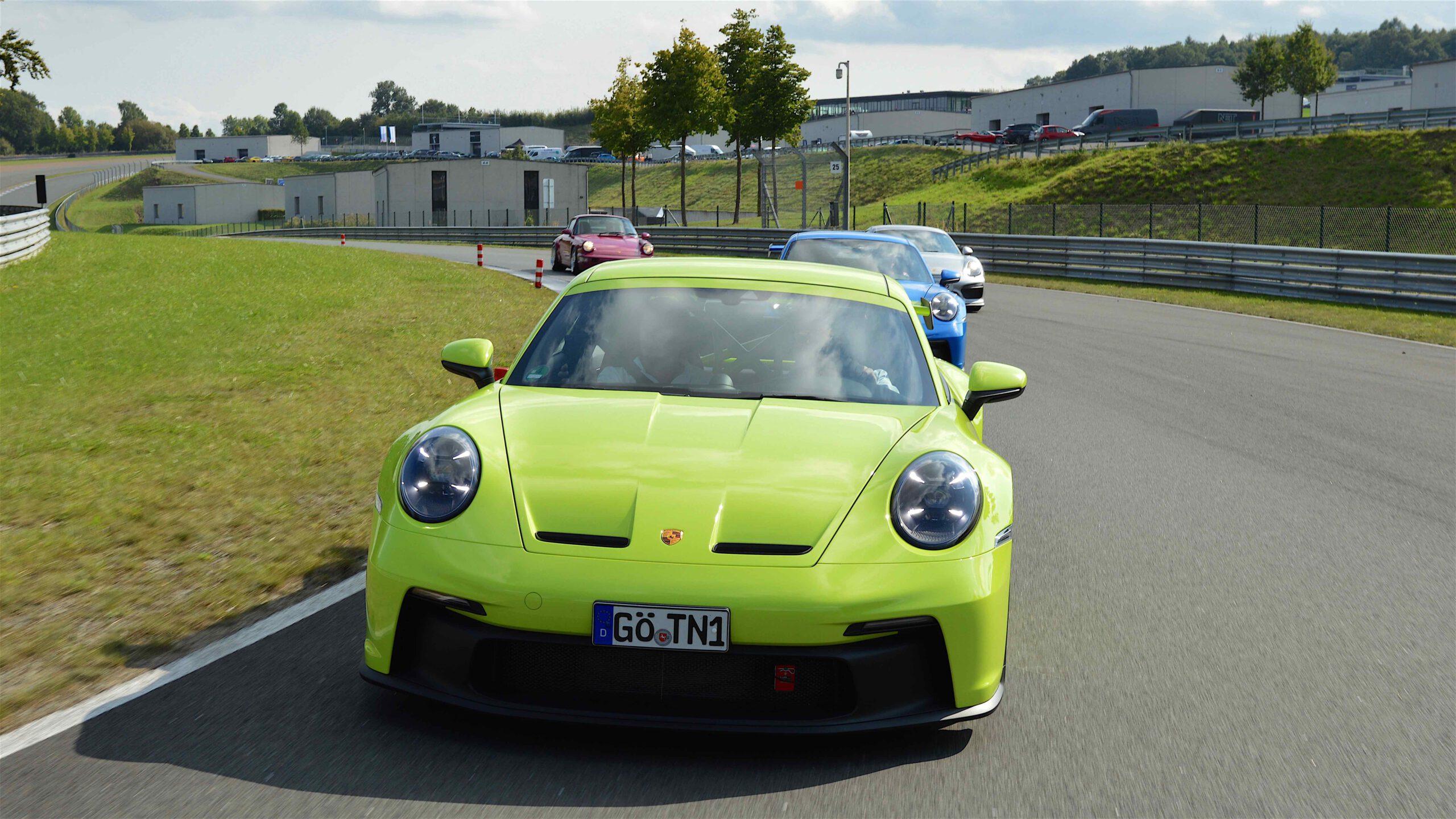 2021er-Porsche-911-GT3-Typ-992.1-AP-Car-Design-PTS-Acidgreen-0178